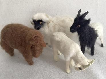 Bild für Kategorie Ziegen und Schafe/ Schafgestelle