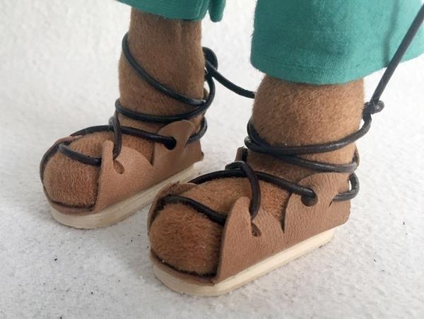 Bild von Leder-Sandale mit Holzsohle hell Gr. 3+4