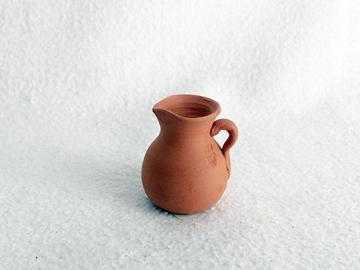 Bild von Tonkrug klein bauchig mit Henkel